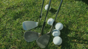 golf pitching wedges
