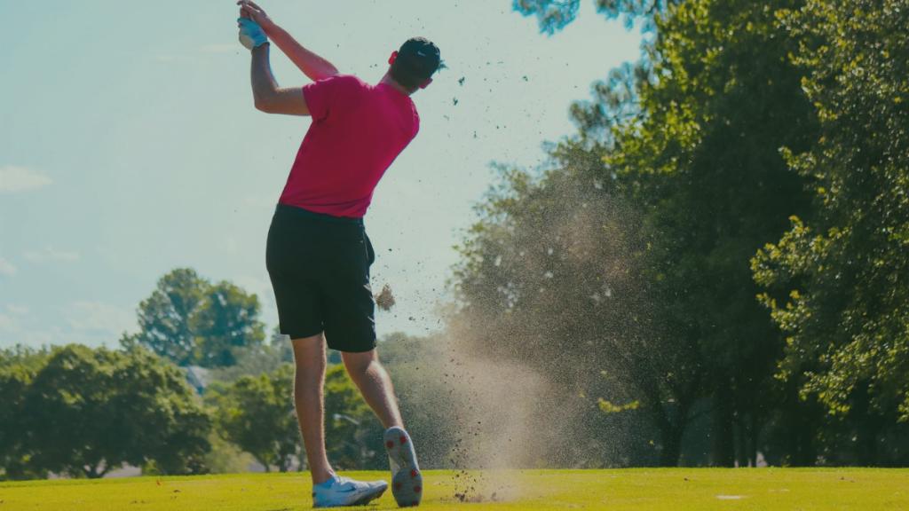golfer playing